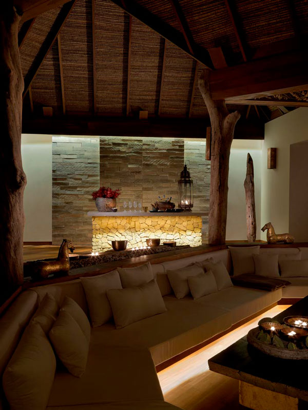07-tbv-living-area-at-night_0